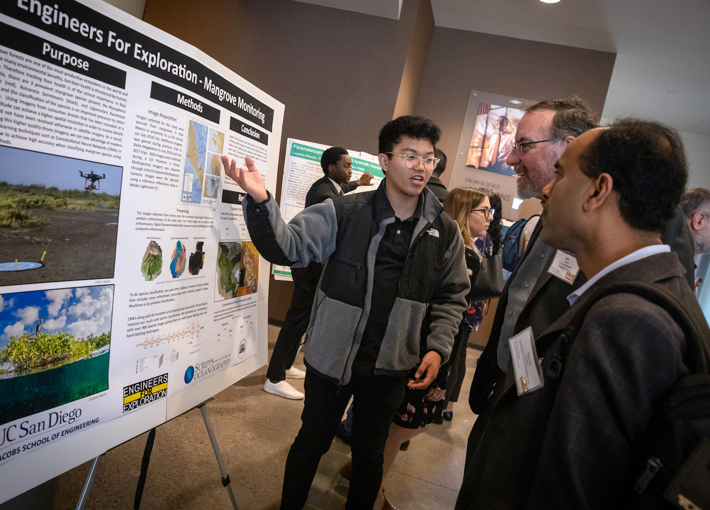 Undergraduate scholarship winner presents poster